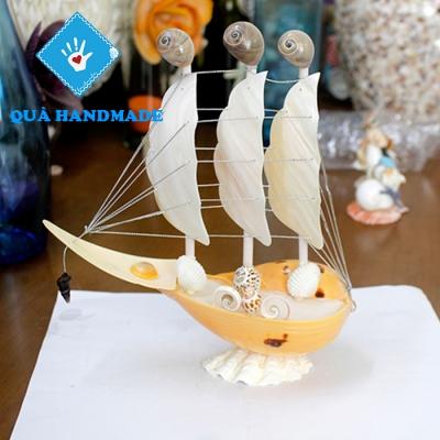 Thuyền vỏ ốc vàng